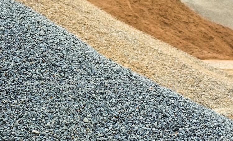Песок, щебень и отсев – материалы, необходимые для возведения железобетонных конструкций