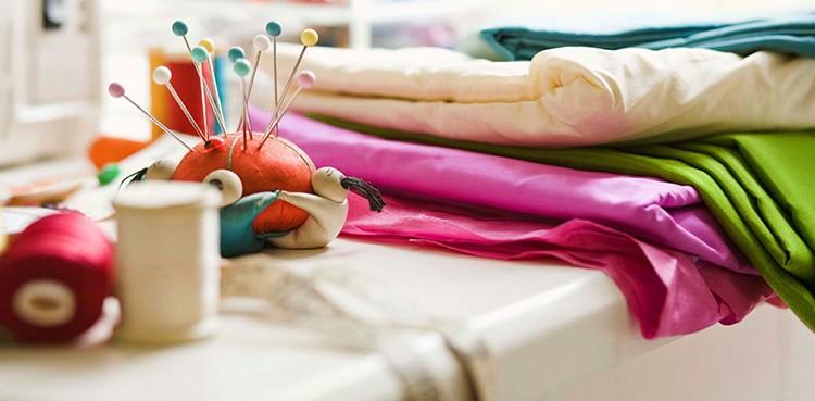 Поинтересуйтесь лоскутами в ателье по пошиву одежды или штор