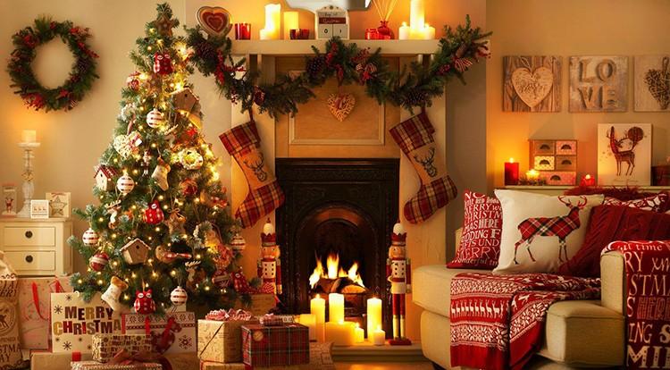 Тёплый свет гирлянд традиционного декора ассоциируется с уютом и душевным теплом.
