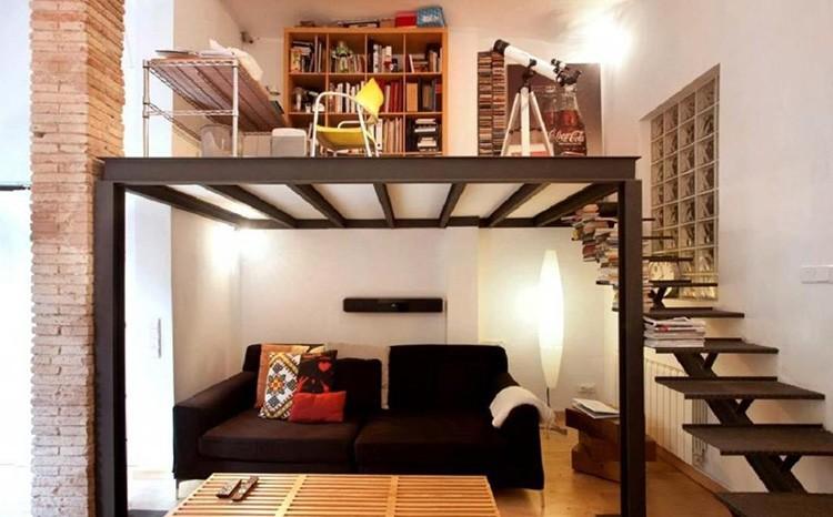 Кабинет на антресолях в квартире-студии