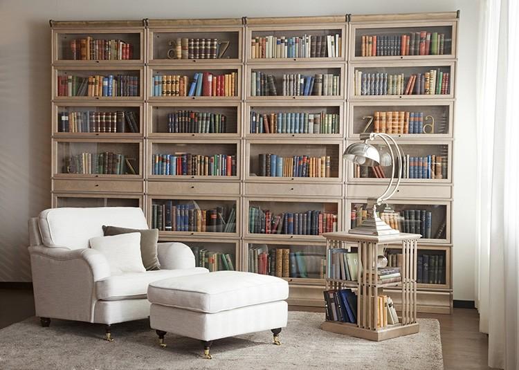 Конструкции книжных шкафов могут быть самыми разными