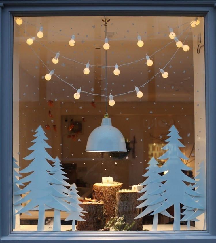 Сочетание шаблонов ёлок и лампочных гирлянд смотрится просто и стильно.