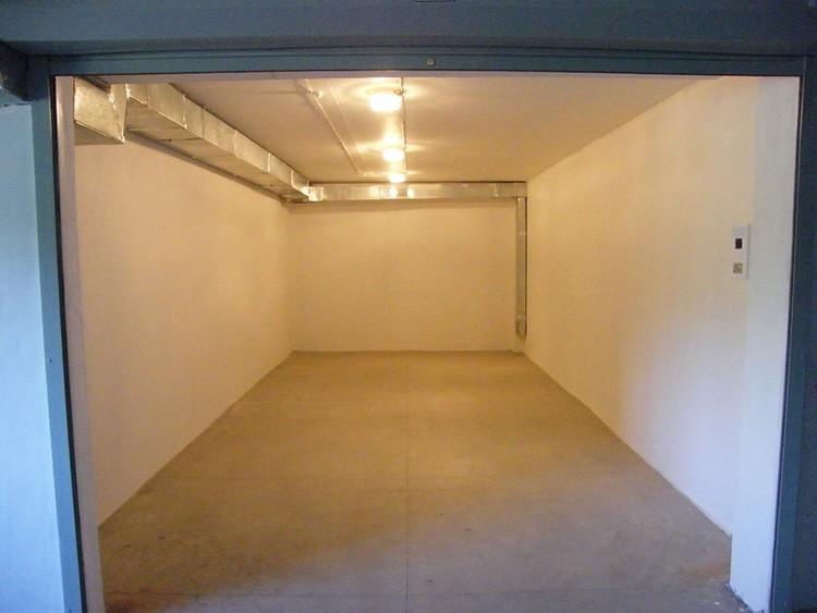 При нехватке и дороговизне парковочных мест найти желающих арендовать гараж будет несложно