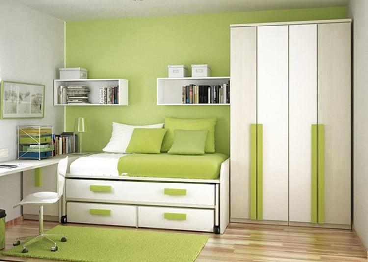Одну стену можно выкрасить или оклеить обоями салатового цвета