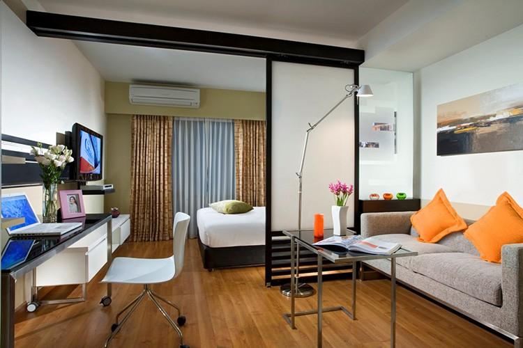 Сделать из одной комнаты два отдельных помещения не сложно