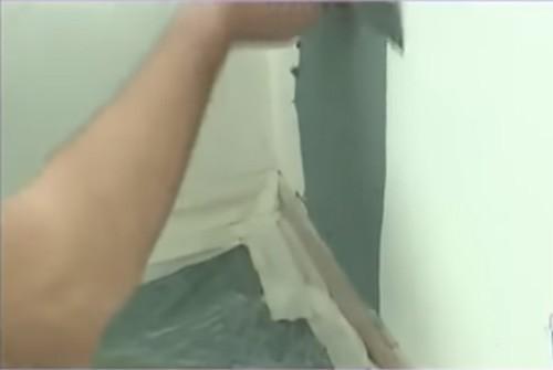  Фактурная краска для стен: потрясающий эффект объёмной отделки за 5 минут