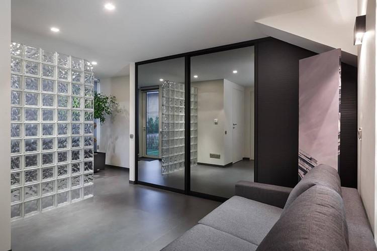 Разделение помещения при помощи стеклоблоков