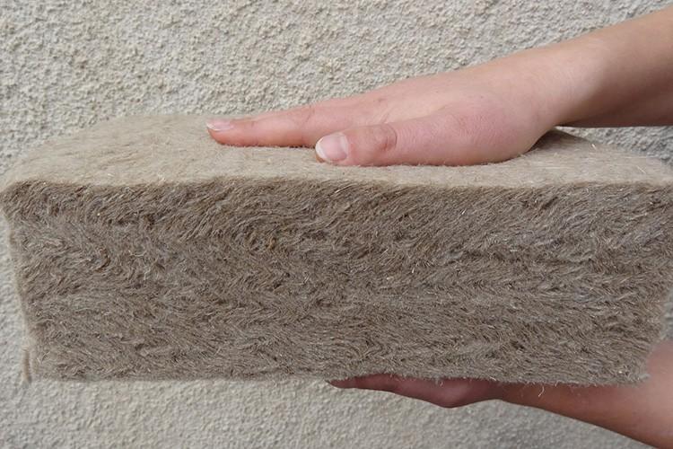 Шерсть гипоаллергенна и является натуральным и экологичным материалом