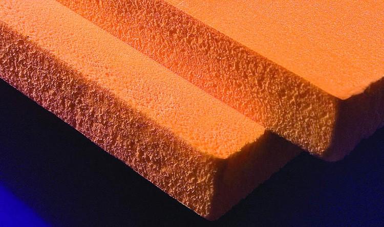 В результате получаются микроскопические закрытые полости, наполненные углекислым газом