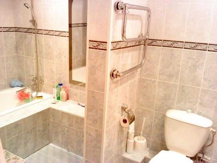 Мама принимает ванну, а сын срочно хочет в туалет – как вам ситуация?