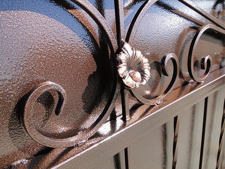 Молотковая краска – надёжная защита металла