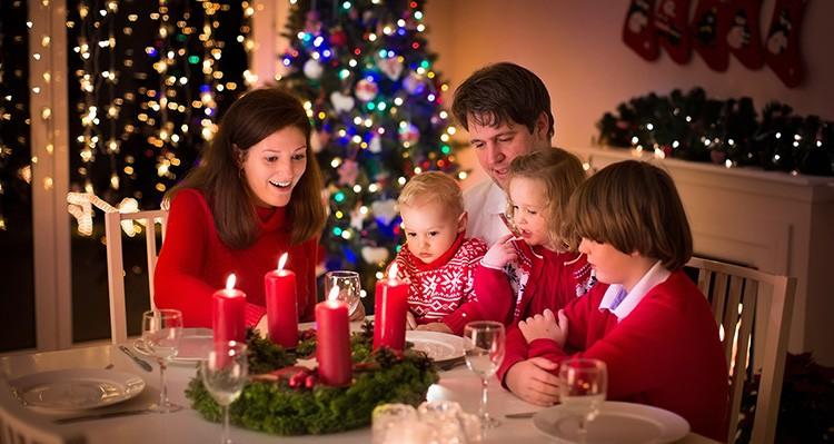 Рождество встречают в семейном кругу. И готовиться к нему нужно заранее, чтобы чувствовать приближение особого праздника