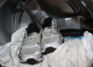 Как стирать кроссовки в стиральной машине так, чтобы потом их не выбросить