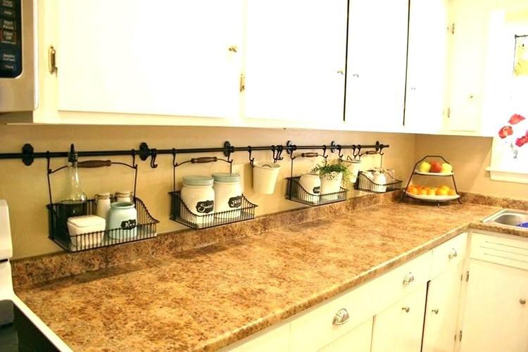 На кухне всё должно быть в идеальном порядке и лежать на своих местах