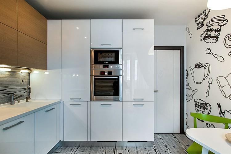 Маленькую кухню не стоит загромождать большим количеством мебели