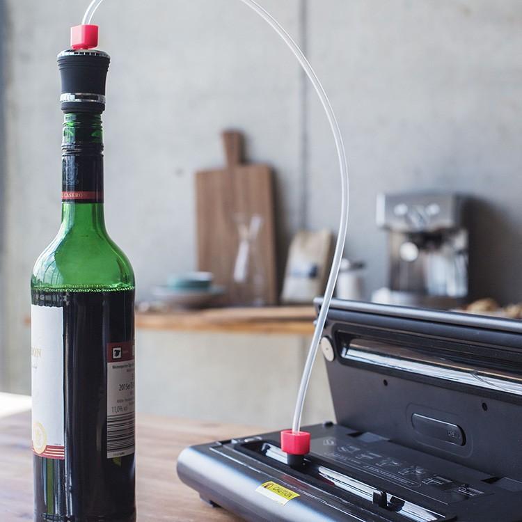 Можно выкачать воздух даже из бутылки