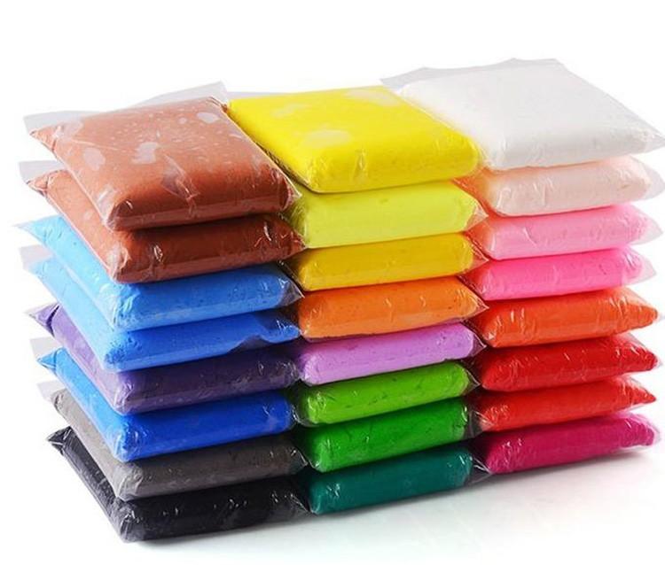 Существует много вариантов пластилина, начать можно с любого образца.