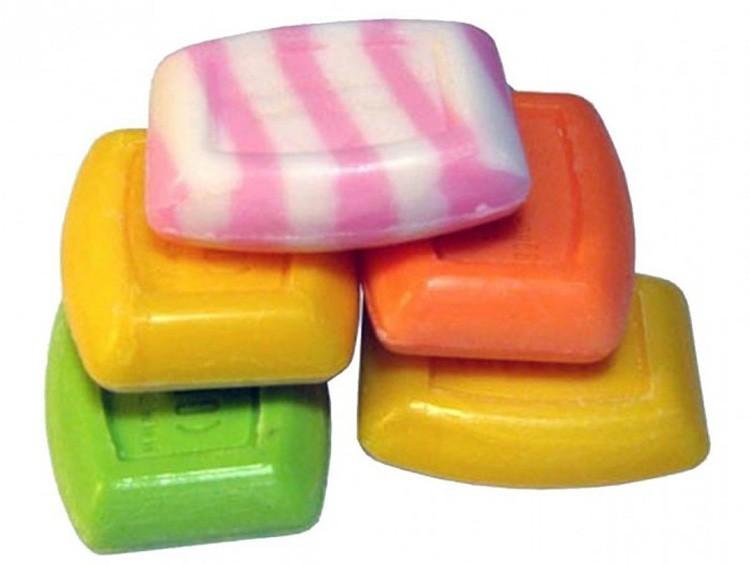 Кусок мыла следует предварительно хорошенько намочить