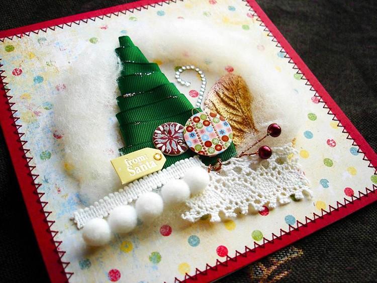 Они могут иметь самую обычную новогоднюю символику или рождественские атрибуты: звезду и младенца