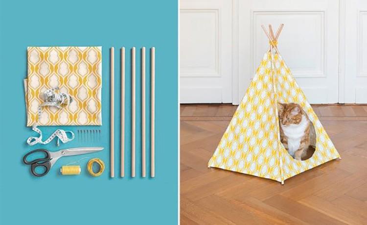 Из ткани и четырёх палочек можно соорудить классный вигвам-палатку для любимого создания.