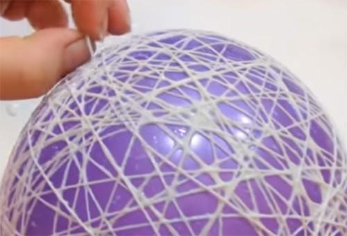🎄 Удивительное новогоднее настроение: делаем оригинальные шары на ёлку своими руками