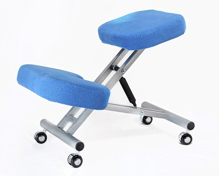 Коленный стул обычно имеет мало степеней регулировки, поэтому его придётся выбирать сразу под нужный размер
