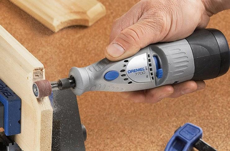 Без него как без рук: беспроводной инструмент для работ по дереву и металлу Дремель