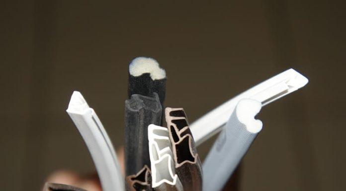 Боремся с холодом, сохраняем тепло или как может быть выполнена замена уплотнителя в пластиковых окнах своими руками