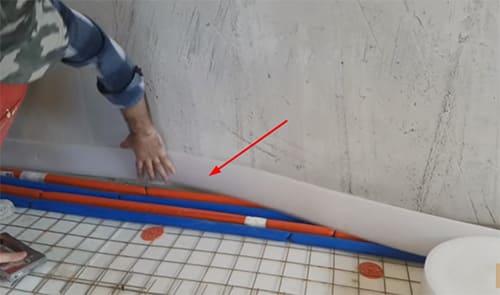 Как своими руками смонтировать тёплый пол под плитку: советы мастера
