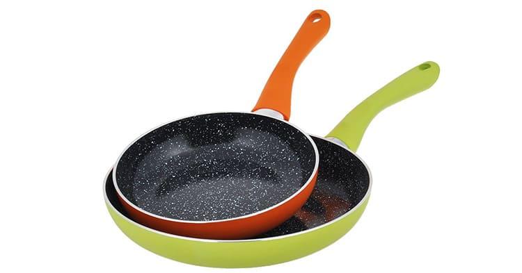 Чем больше человек в семье, тем больше должен быть диаметр сковородки