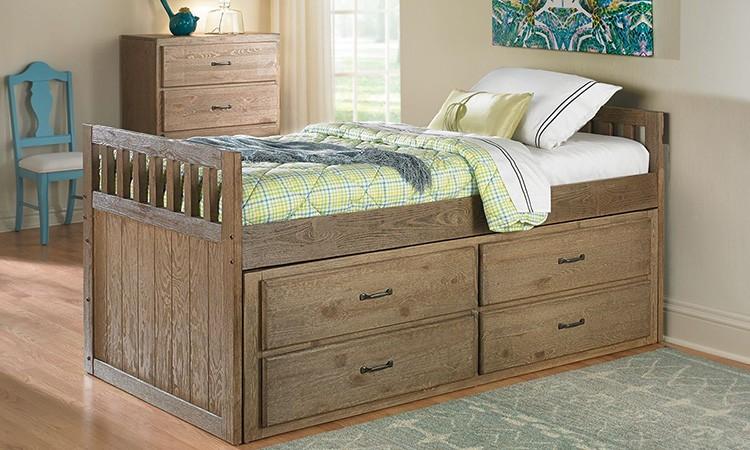 Выбирать кровать-комод нужно в соответствии с габаритами помещения