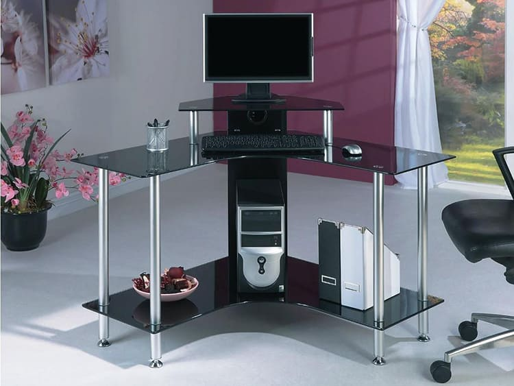 Компьютерный стол из хромированных труб и стекла
