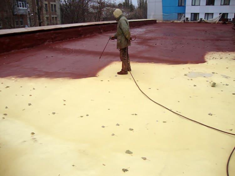 Нанесение грунтовки пневматическим распылителем
