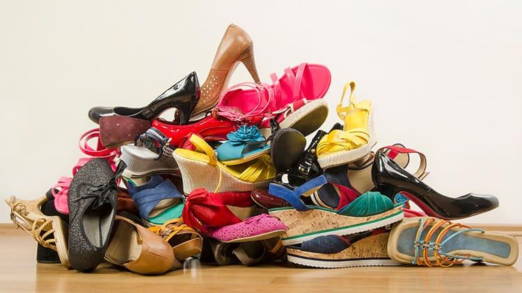 Не храните ботинки и туфли в придавленном состоянии, они могут безнадёжно деформироваться.