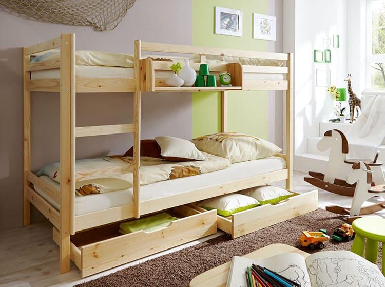 Двухэтажные кровати многофункциональны