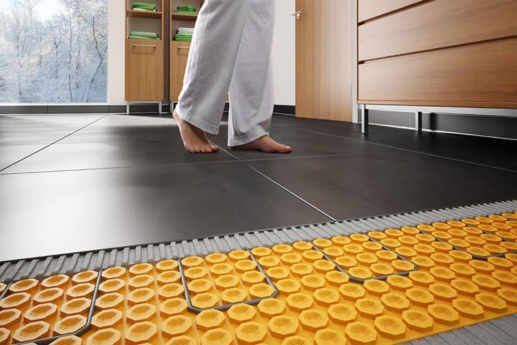 Водяной контур – эффективная система обогрева пола с плиткой