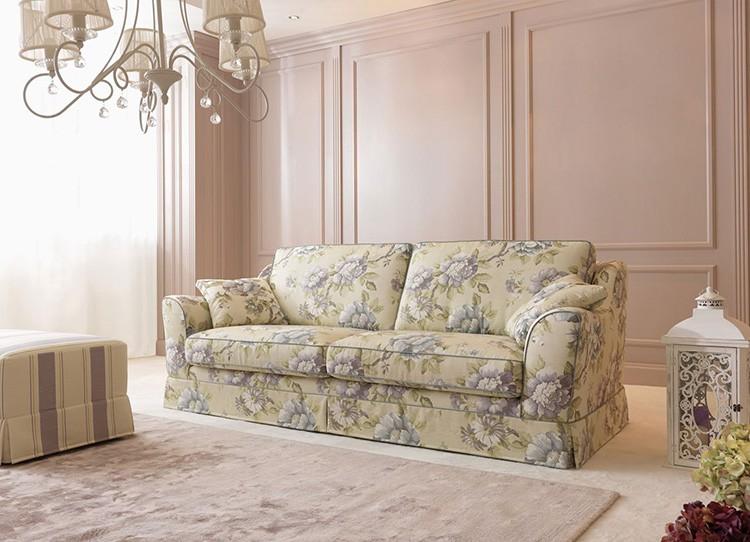 Малое количество мебели в большой гостиной освобождает пространство, что по нраву тем людям, которые не любят спёртых помещений. Прованс — это всегда простор и свет.