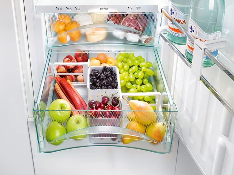 Овощи и фрукты лучше хранить при температуре +7… +8°С.