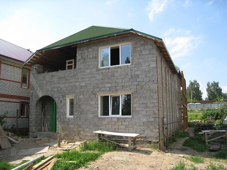 Керамзитобетонные блоки подходят для строительства двухэтажных домов