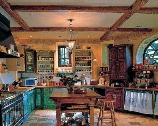 Уникальный интерьер русского дома Андрея Кончаловского и его жены