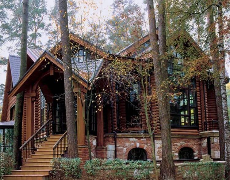 Родовое поместье построено в русском стиле