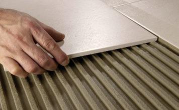 Планируете выполнить облицовку стен? Пора узнать, какой клей для плитки лучше выбрать