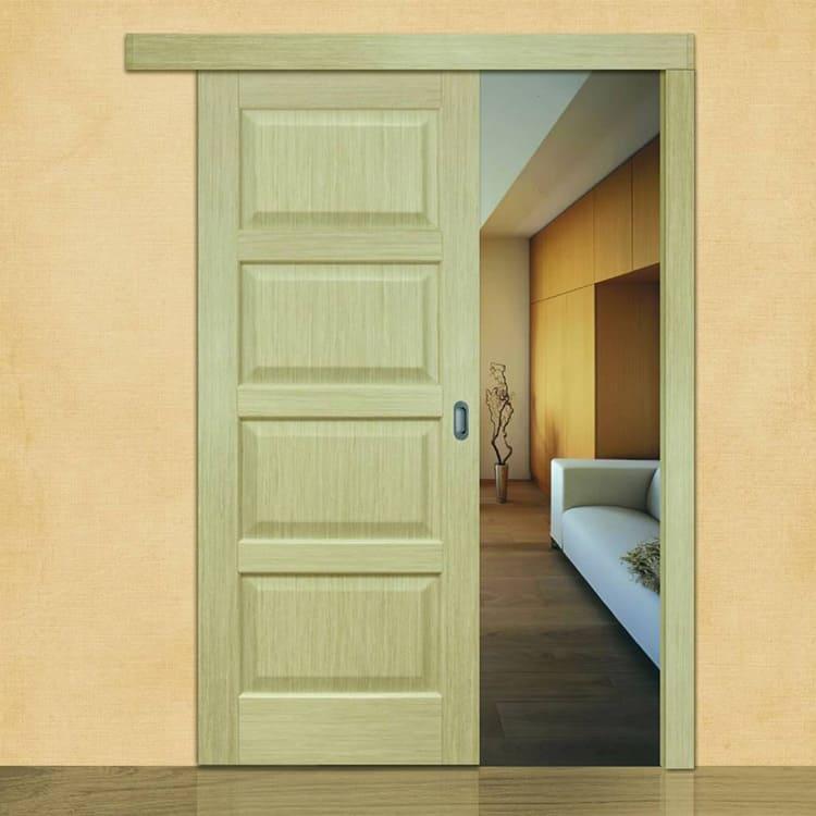 Деревянные двери-купе – универсальный вариант