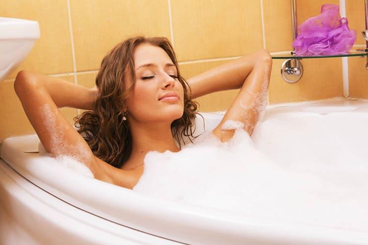 Горячая ванна поможет не только согреться, но и расслабиться
