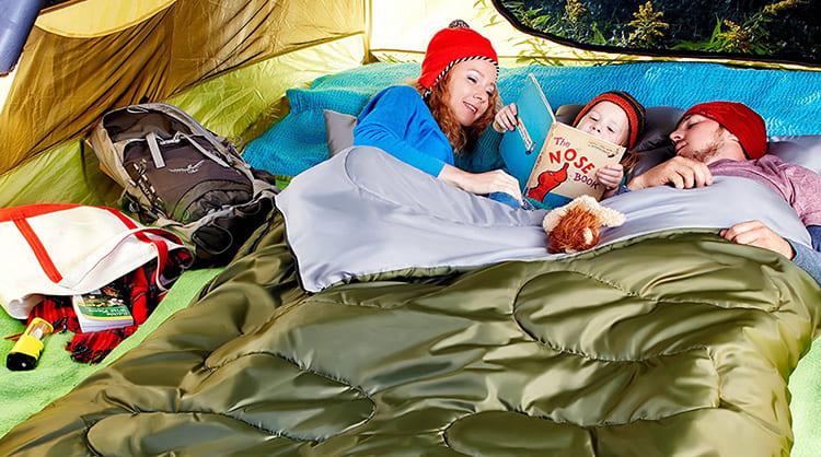 Если в спальном мешке можно спать на природе прямо на сырой земле, то почему не использовать его для дома.