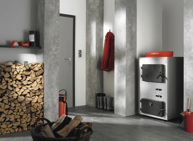 Если у вас маленький участок, можно разместить котельную в одной из комнат дома.