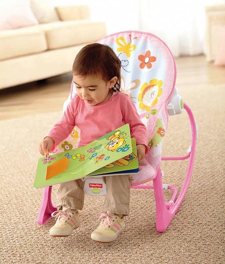 Подросший ребёнок будет использовать шезлонг как кресло.