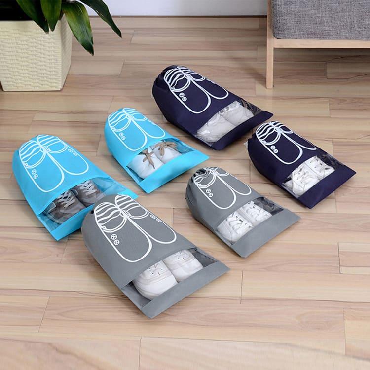 Вы легко найдёте нужные вам кроссовки благодаря окошку из прозрачного полиэтилена.