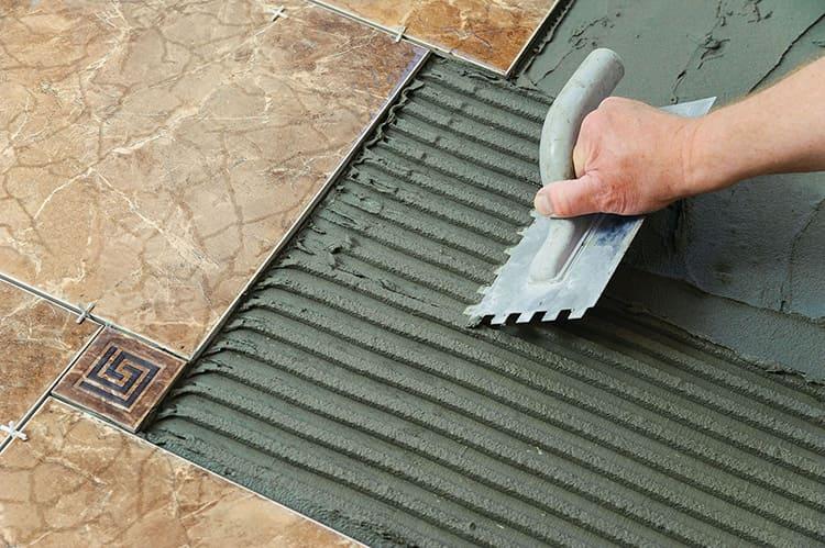 Если предстоит ремонт: рекомендации по выбору клея для плитки