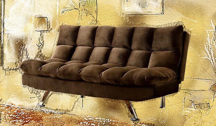 Компактный диван с хромированными ножками прекрасно впишется в детскую комнату